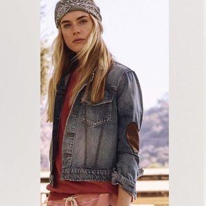NWT THE GREAT. The Boxy Jean Jacket